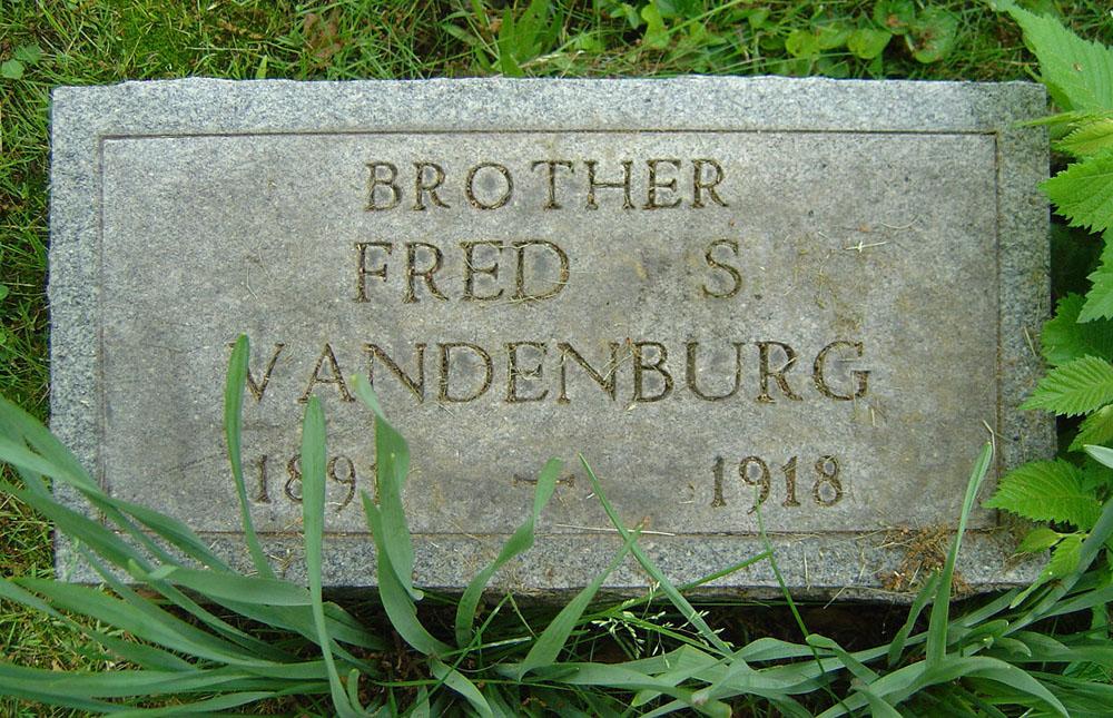 Fred S. Vandenburg Gravestone